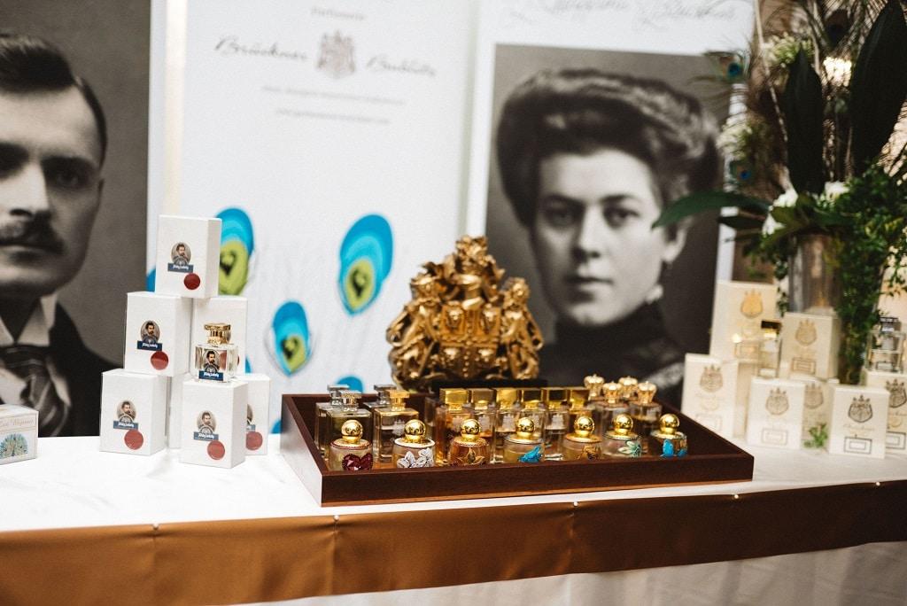 Les Bijoux Parfümerie Brückner – Ein farbenprächtiges olfaktorisches Bilderbuch
