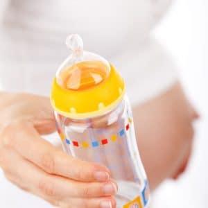 """Das """"Mommy-Makeover"""": Postnatale Wiederherstellungschirurgie zur Figuroptimierung"""