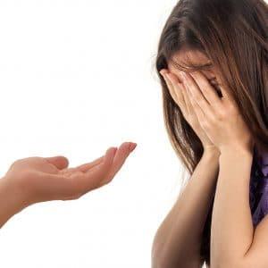 Frühboten von Depressionen sind Antriebslosigkeit, Schlafstörungen und eine gedrückte Stimmung