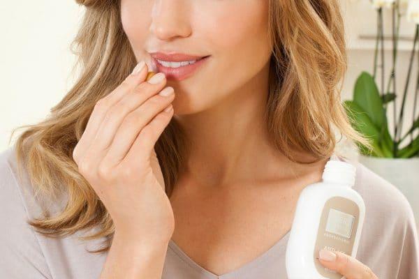 © Merz Spezial Professional Anti-Age Liquid Kapseln - Nahrungsergänzung für straffe und elastische Haut