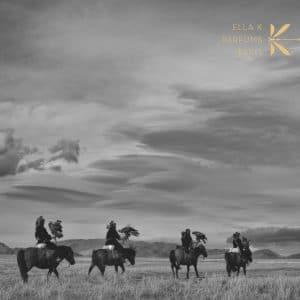 © ELLA K Parfums - ein duftender Bilderteppich von der mongolischen Steppe bis zum Okavango-Delta