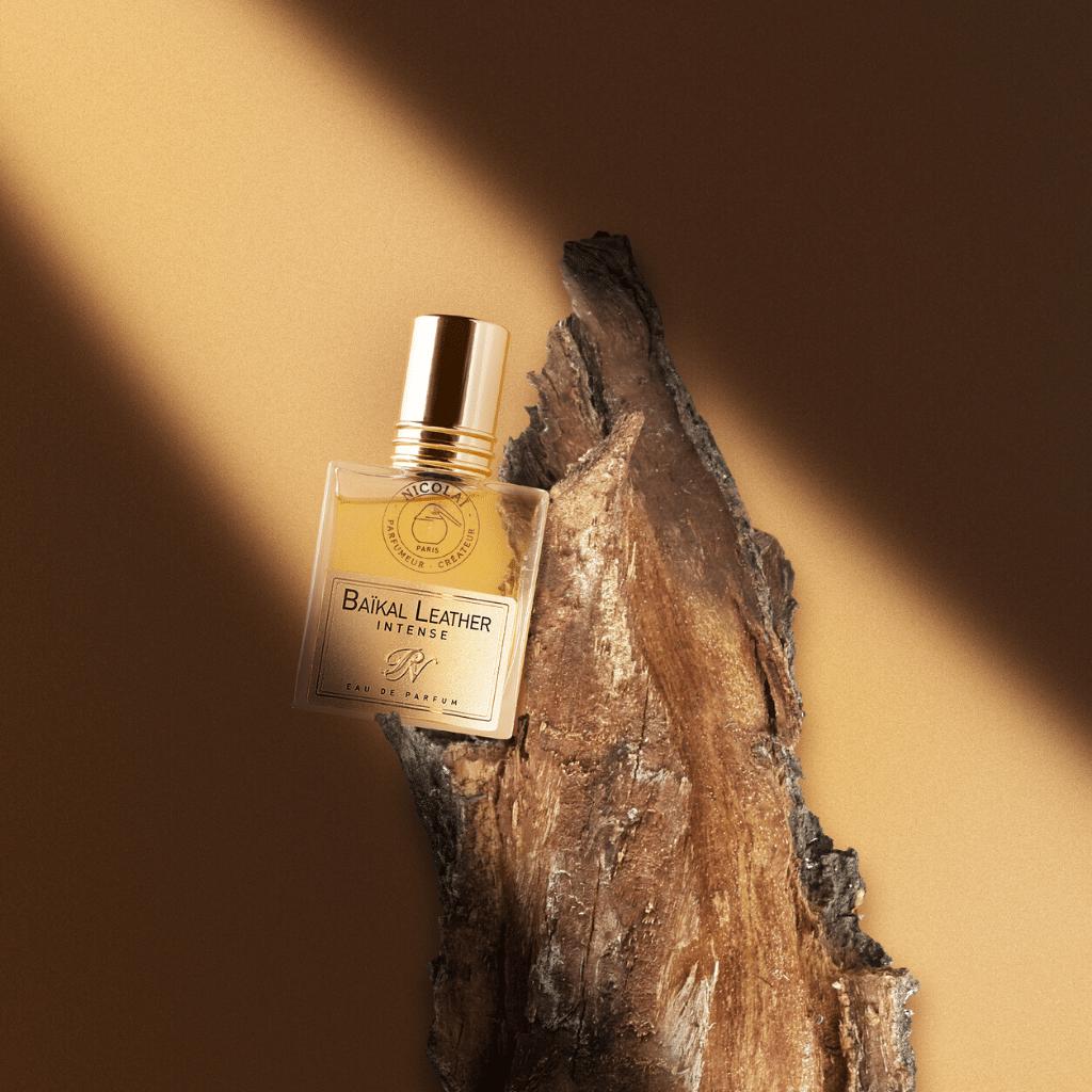 © Les Parfums de NICOLAÏ BAÏKAL LEATHER INTENSE
