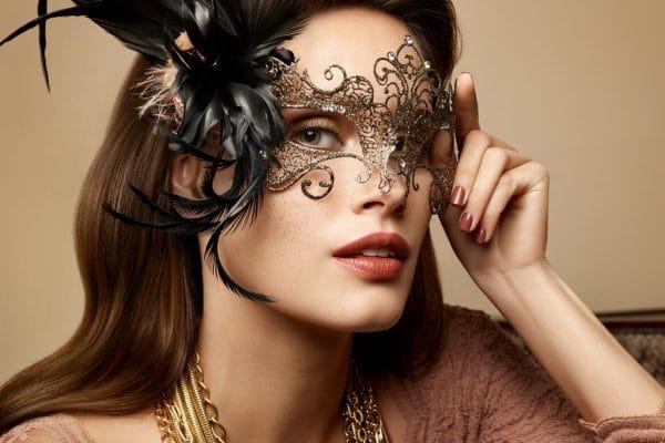 © SOTHYS Échappée vénitienne FW20 - Chapeau für die glamourös golddurchwirkte venezianische Maskerade