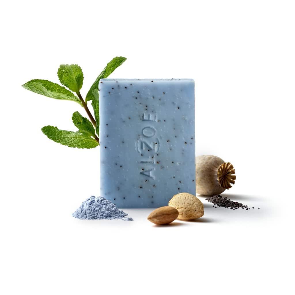 © ALZOE natural care Mohnseife mit Mohnsamen, blauer Tonerde und frischem Minzaroma