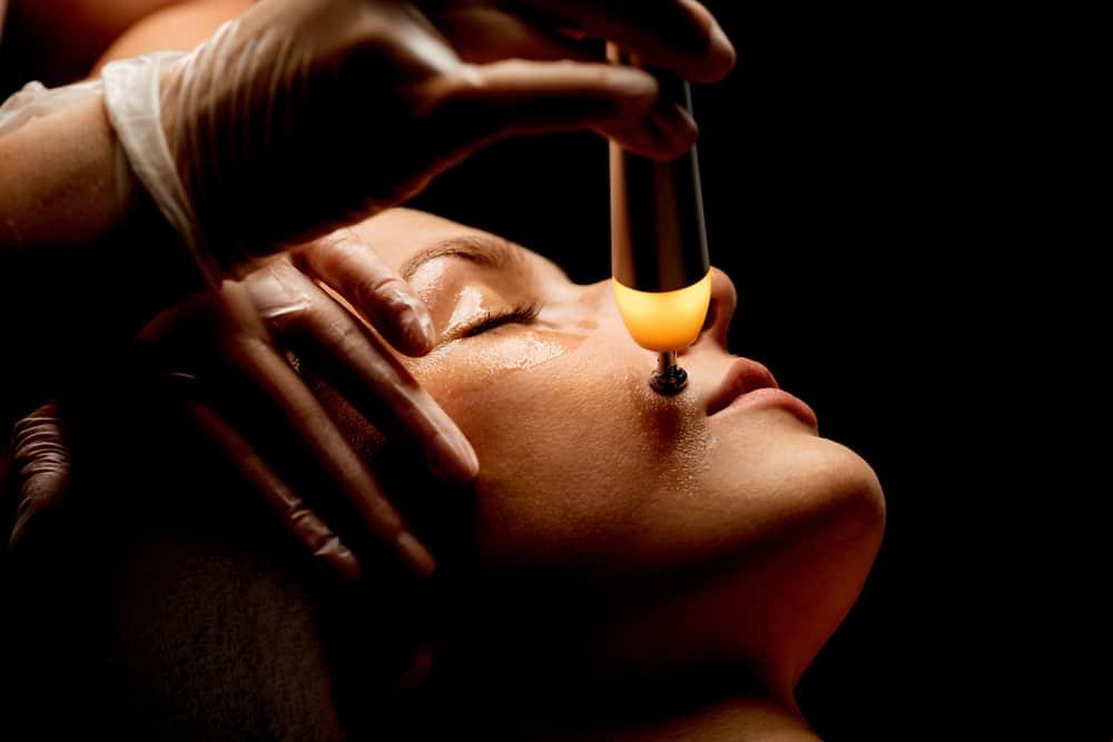 BABOR TECH SkinFirmor RF – Quick-Lifting für sensible Gesichtszonen