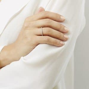 © côte Nails - Safer Beauty in eleganter Lack-Art