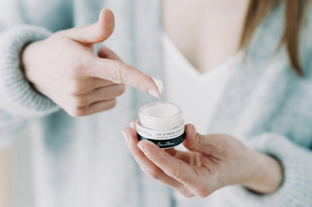 © Less is More Professional Organic Facecare aus Wiener Manufakturproduktion