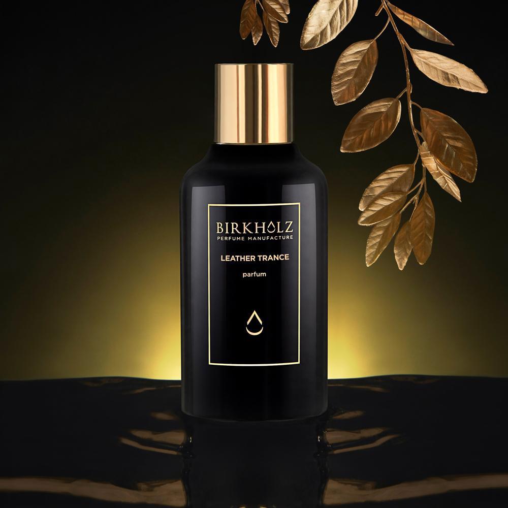© BIRKHOLZ Berlin Black Collection LEATHER TRANCE - ein zeitloses Chypre-Luxusparfüm mit Himbeere, Weihrauch und Patschuli