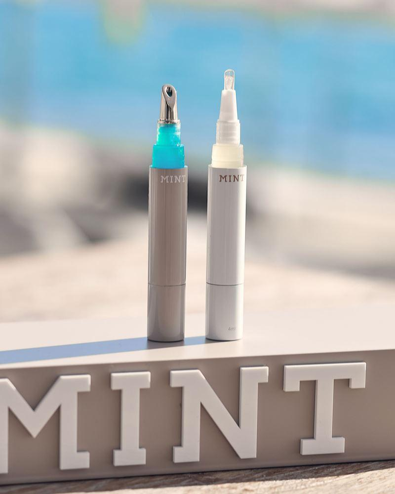 © MINT by Dr. Mintcheva Beauty Set Zahngloss & Blue Lip Shine mit blauen Mikrokristallen