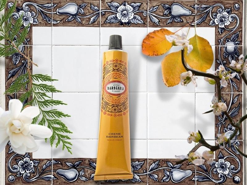 © ANTIGA BARBEARIA de Bairro RIBEIRA DO PORTO - ockergelbe, holzig aromatische Vintage-Rasurkosmetik