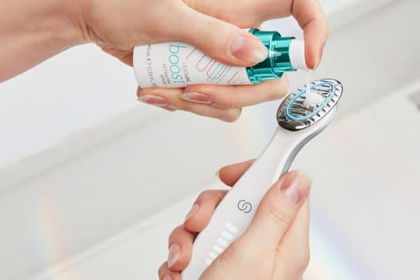 © Nu Skin ageLOC Boost System - kombinierte Mikrostromanwendung für die Hautfitness